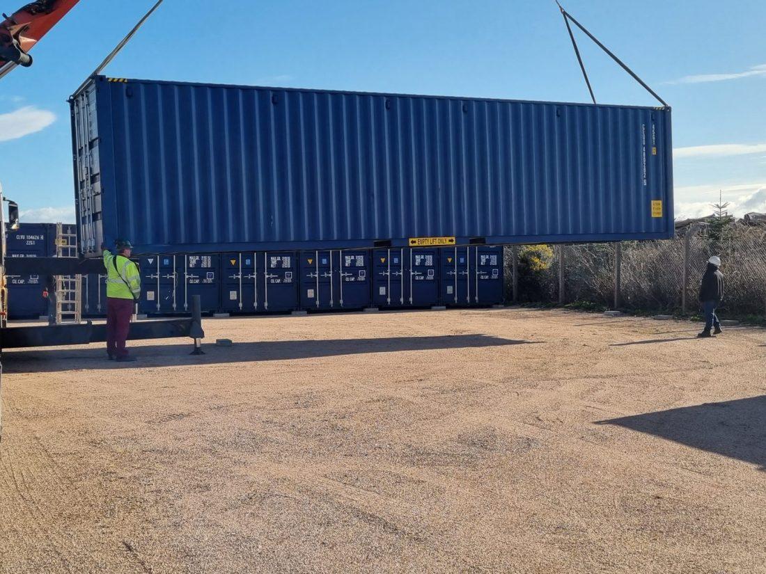 40' unloading FG